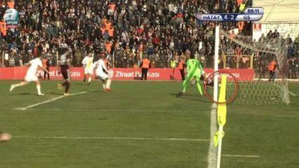 Hatay-G.Saray maçına damga vuran gol kararı!