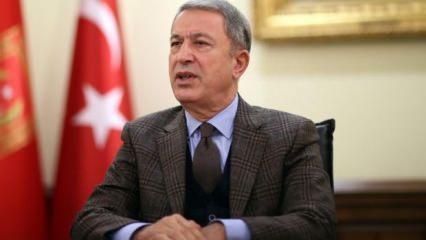 Akar yeni askerlik sistemini açıkladı: Askerlik süresi 6 aya iniyor