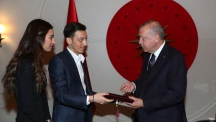Amine Gülşe ile Mesut Özil'den Erdoğan'a nikah şahitliği talebi