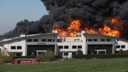 İstanbul'daki yangın 11 saat sonra kontrol altına alındı