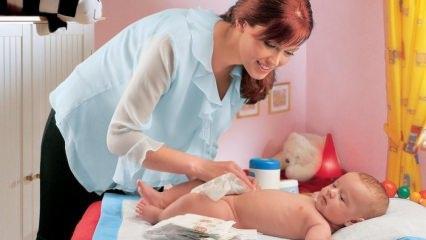Bebek bezi nasıl bağlanır? Bebek bezi sızdırması neden olur? Bebek bezinde sızdırma nasıl önlenir?