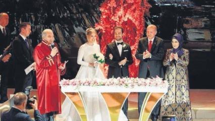 Başkan Erdoğan Kalyoncu ve Demirören ailelerinin nikah şahitliğini yaptı