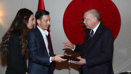 Mesut Özil ve Amine Gülşe'nin düğün yeri belli oldu