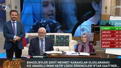 Yabancı öğrenciler 'İftar Saati'nde kendi dilleriyle dua ettiler