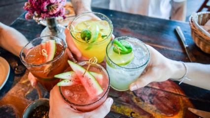 Yazın içinizi serinletecek enfes içecek tarifleri