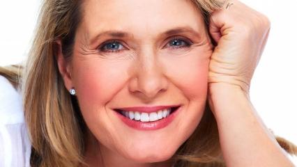 50 yaş üstü kadınlar için cilt bakım önerileri