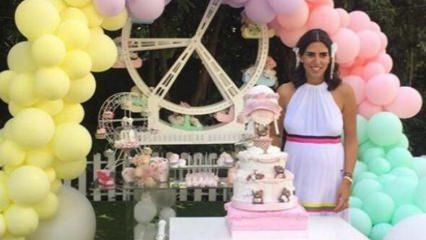 Kemal Sunal'ın gelini Nazlı Kurbanzade'den baby shower partisi!