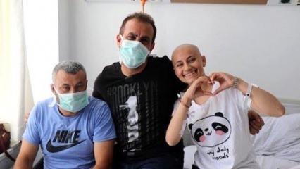Haluk Levent lösemi hastası kız çocuğuyla düet yaptı
