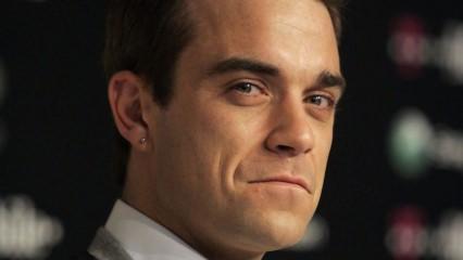 Robbie Williams açıklamalarıyla korkuttu!