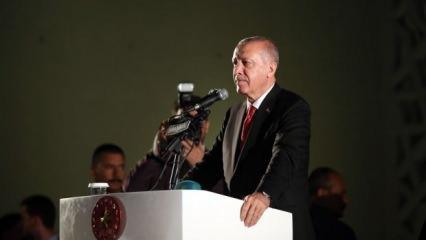 Erdoğan: Anadolu 15 Temmuz'da bir kez daha bize vatan kılınmıştır