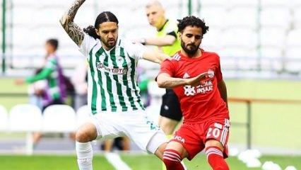Beşiktaş'tan sürpriz transfer! 3 yıllık imza...