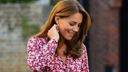 Kate Middleton ucuz takı kullanıyor!
