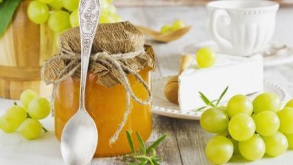Üzüm reçeli nasıl yapılır? Tam kıvamında üzüm reçeli tarifi