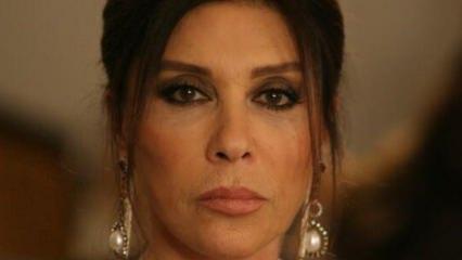 Nebahat Çehre'den Canan Karatay'a özür