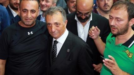 Ahmet Nur Çebi'ye tebrik mesajları!