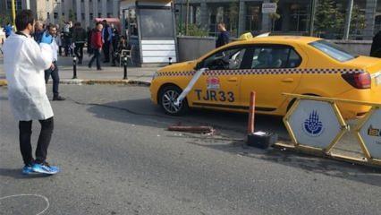 Bindiği taksinin sürücüsünü vurdu!