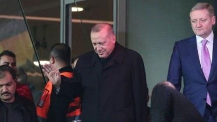 Cumhurbaşkanı Erdoğan, Başakşehir - Roma maçını izledi