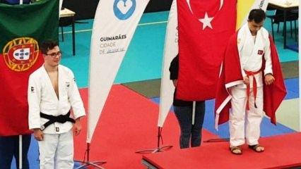 Talha Ahmet Erdem'den altın madalya