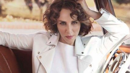 Şarkıcı Sertap Erener'den makyajsız fotoğraf açıklaması!