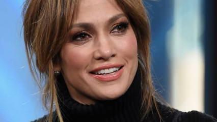 Jennifer Lopez'in taktığı kolyenin fiyatı dudak uçuklattı!