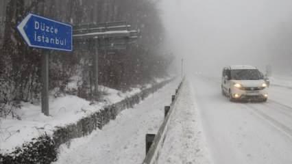Son Dakika Haberi: İstanbul için kırmızı alarm...Kar yağışı orada başladı!