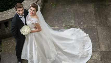Ünlü futbolcunun eşi Ebru Şancı hamile!