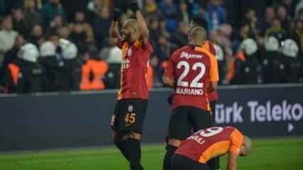 Galatasaraylı futbolculara derbi primi