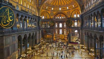 Ayasofya tarihinde ilk yaşandı! 89 sene sonra camide ezan sesleri yükseldi