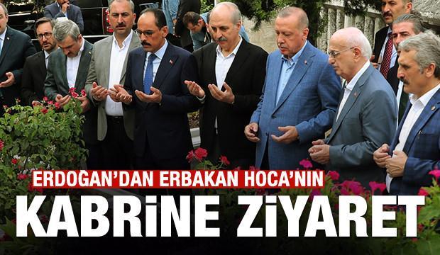 Cumhurbaşkanı Erdoğan, Erbakan'ın mezarını ziyaret etti