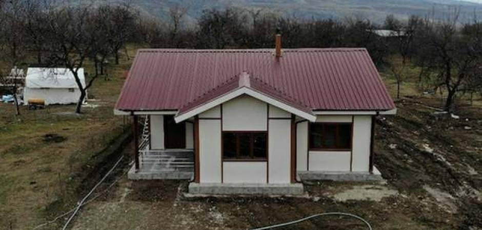 İlk 'örnek ev' kuruldu! Elazığ'da 3 bin 500 tane yapılacak