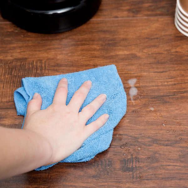 Çamaşır Suyu Lekesi Nasıl Temizlenir