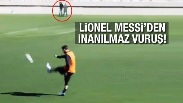 Lionel Messi'den inanılmaz vuruş!
